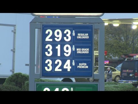 Gas prices drop across Connecticut, entire U.S.