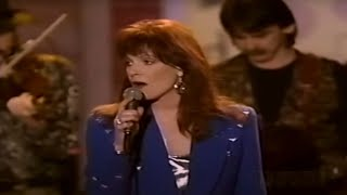 Patty Loveless -  Silver Threads and Golden Needles [Live]
