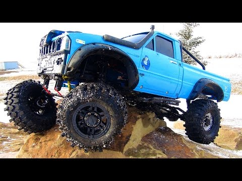 RC ADVENTURES - SHATTERED Axle Housing? I broke my Truck in the cold on the Rocks (w/ Music)