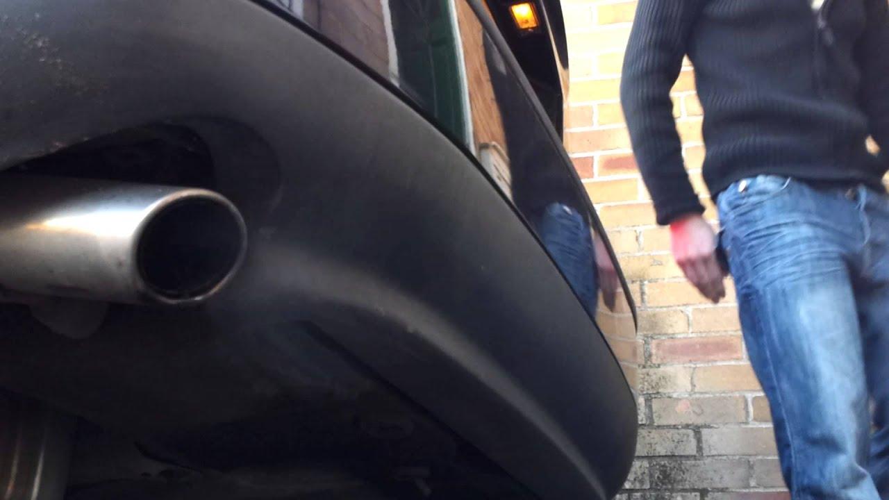 Volvo S60 T5 >> Volvo s60 t5 smoke from exhaust, burning oil, turbo? Valve stem seals? - YouTube