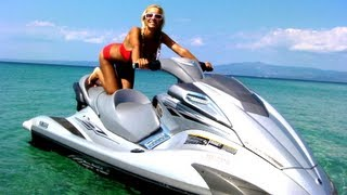 Bikini Girl takes rides on a Jet Ski Yamaha!