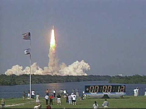 STS-105 launch (8-10-01) - You...