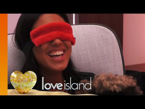 Jordan and Anna Get Frisky in the Hideaway | Love Island 2019