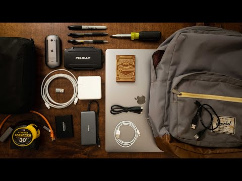 whats-in-my-edc-tech-bag-2020