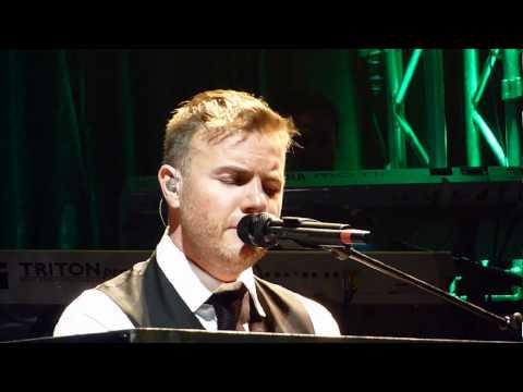 GB40 - Gary Barlow - Forever Love