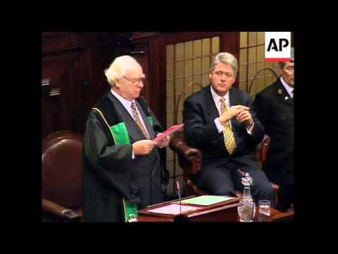IRELAND: PRESIDENT CLINTON GIVES SPEECH IN IRISH PARLIAMENT