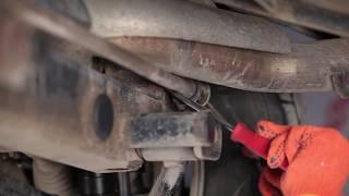 Assista ao nosso guia em vídeo sobre solução de problemas Kit de reparação apoio da barra estabilizadora MERCEDES-BENZ