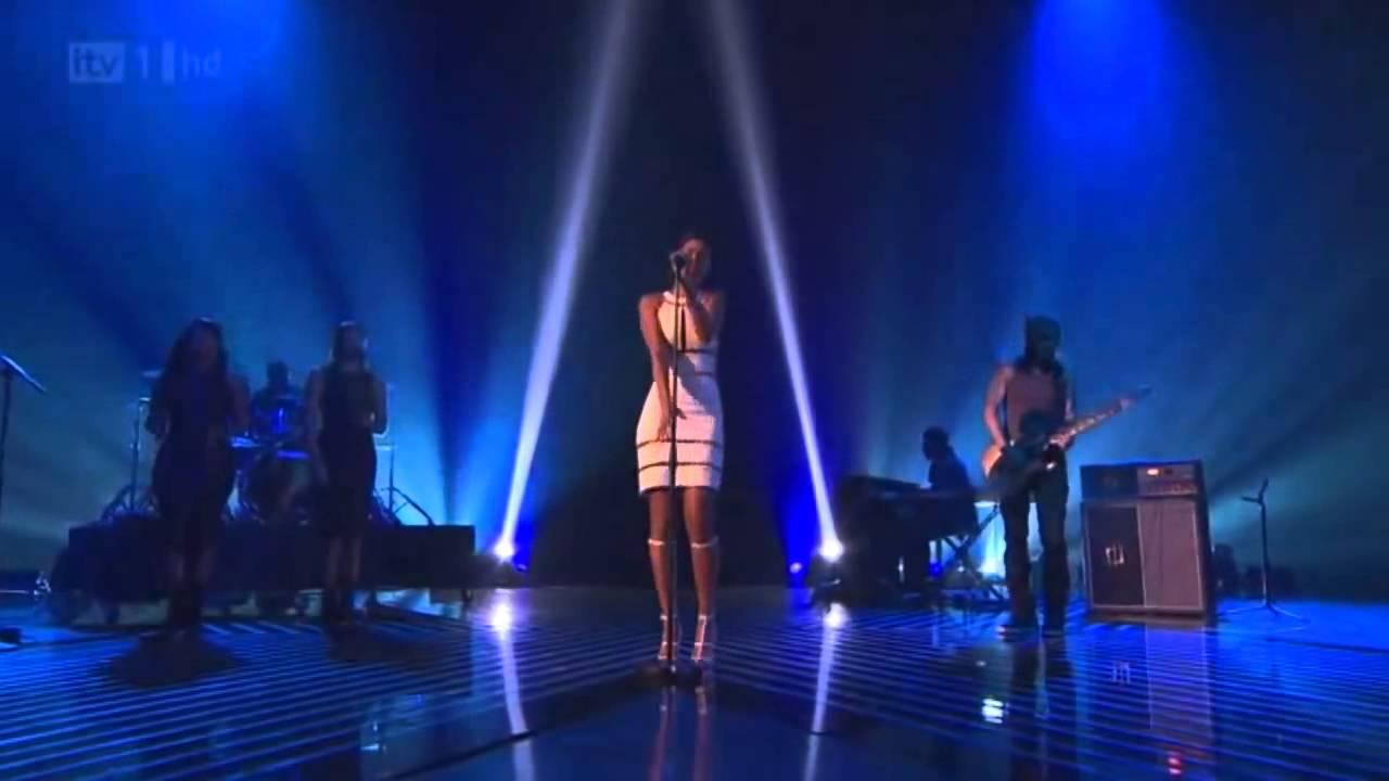 Rihanna Live The X Factor, Mejor presentación en vivo