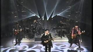 Mr.Children - innocent world + 抱きしめたい (Live on M-STAGE 1994)