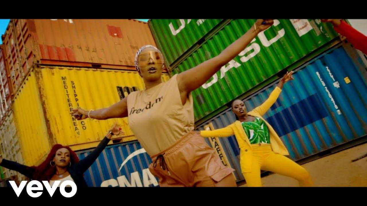 Download Cindy Sanyu, Mungo's Hi Fi - Pull Up On Mi Bumpa (Video)