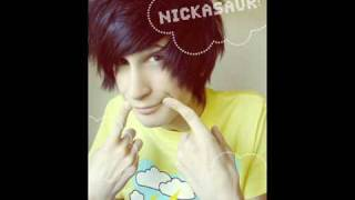 Nickasaur - Queen Bee