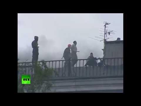 Odessa, Ukraine: Police retreating from burning trade union building