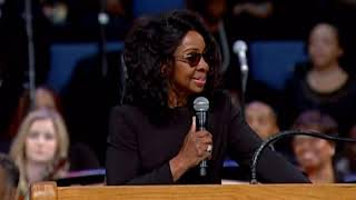 Gladys Knight performs at Aretha Franklin Funeral