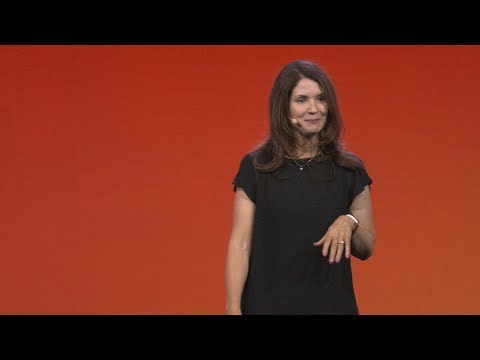 Applied machine learning at Facebook – Kim Hazelwood (Facebook)