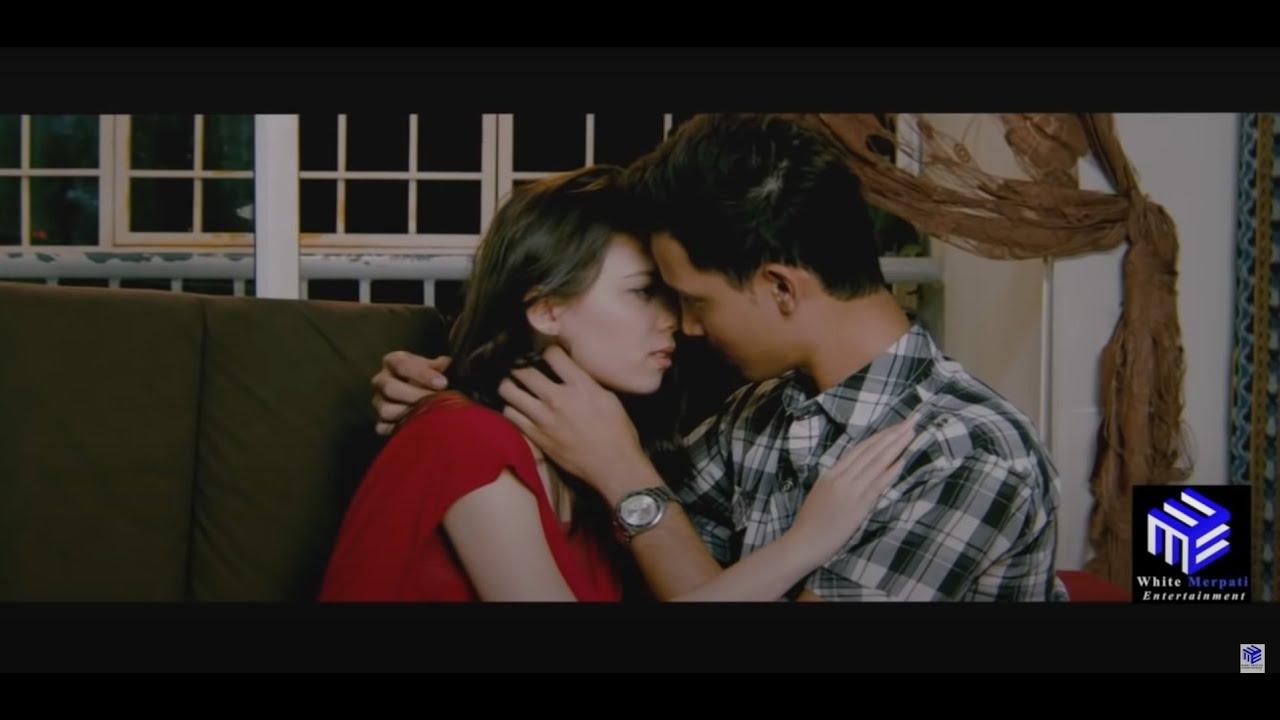 Download KERAT 14 Full Film - Aaron Aziz Siti Saleha Fouziah Gous Zamarul Hisham
