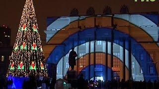 На площади Куйбышева можно посмотреть световое шоу
