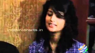 Vaanam Close To My Heart by Anushka   Interviews   Tamil Videos   Oneindia Videos