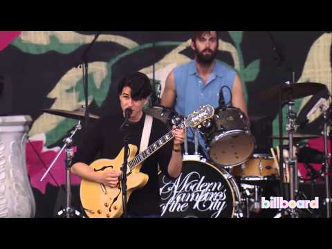 Vampire Weekend LIVE at Lollapalooza 2013
