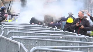 La manifestation des gilets jaunes à Lille se tend