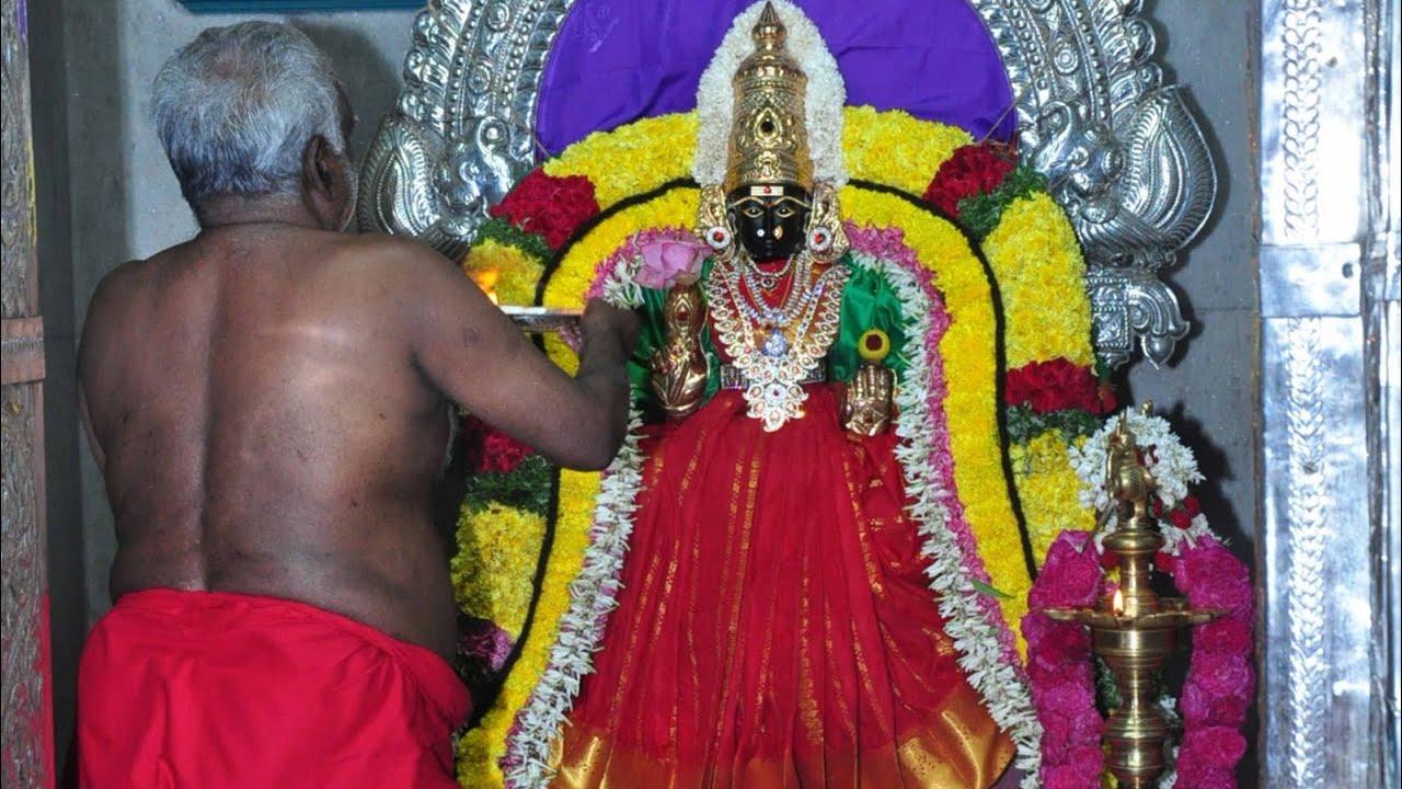 Sakthi Meenakumari All Knowing Amma Youtube