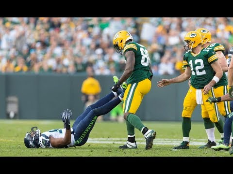 "NFL ""Sticking Up For Your Teammate"" Moments 