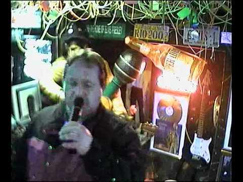 HDL singt I Thing called im Karaoke Fun Pub Stuttgart http://www.funpub.de