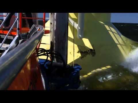 Mobimar 18 Wind Windfarm service vessel - Sliding mode and gripping Hs 2.5.mov