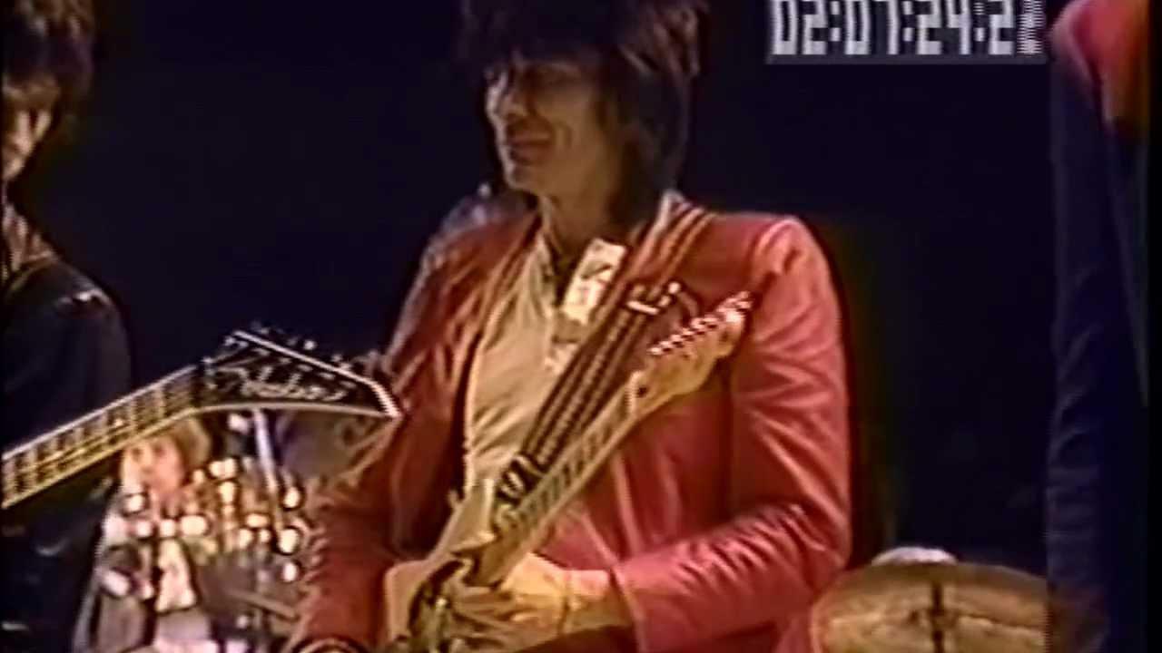 Good Night Irene >> Ron Lane, Eric Clapton, Jimmy Page, Joe Cocker, Jeff Beck, Ron Wood & All - Final Song (ARMS ...