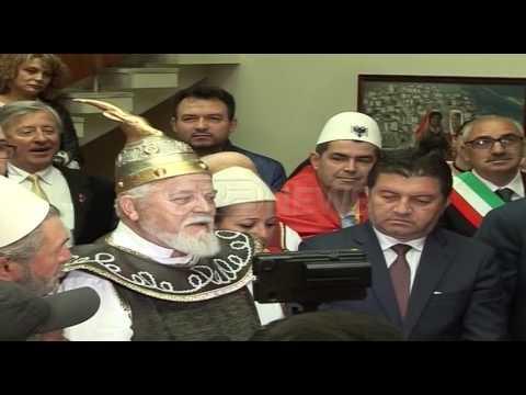 Ora News – Lezhë, arbëreshët e shqiptarët e Maqedonisë festojnë fitoren e Skëndërbeut