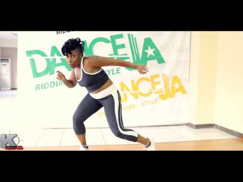 "Latonya Style Movement Break Down To The ""Trackle"" Dance Move {Krushaz Inc Production}"