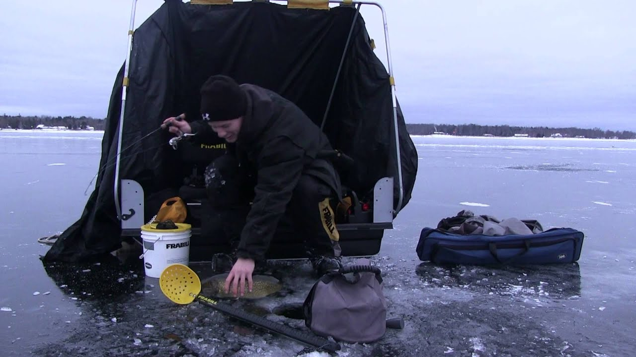 Little bay de noc 2013 ice fishing walleyes youtube for Bay de noc fishing report