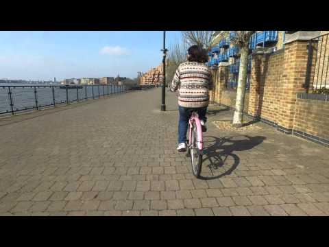 Thames River Path Cycling