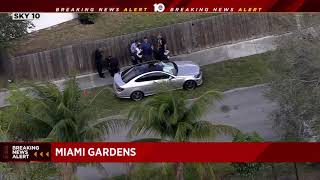 Man found dead inside car in Miami Gardens