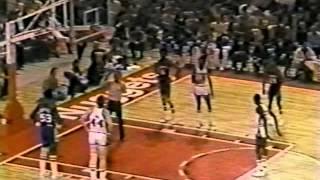 David Thompson (39pts) vs. 76ers (1978)