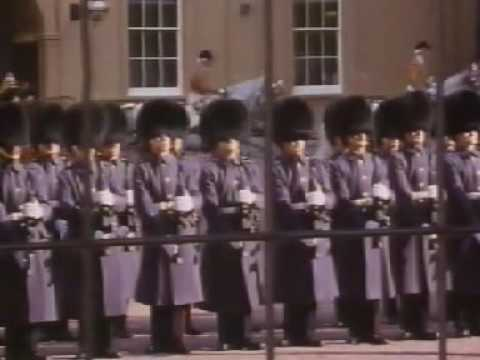 Elizabeth R - Full Documentary (1992)