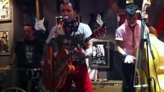 ATOMIC LEOPARDS- The Big Boss Man (99% Moto Bar 31/10/2013- Halloween)