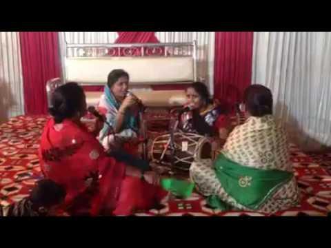 DJ WALE Babu ft. Bhajan aunties