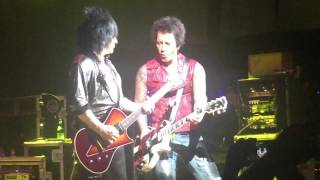 Dancing with myself -Billy Idol -Live @ House of Blues Houston Oct. 6, 2015