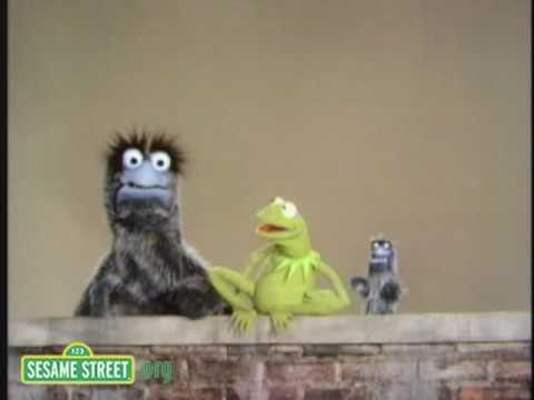 Sesame Street: Kermit Explains Big and Little