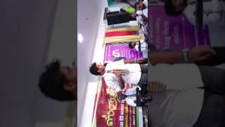 Karuppu Nerathazhagi karikalan singing
