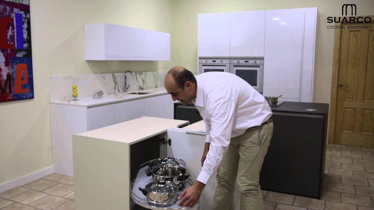 video con herraje extraible en rincon para muebles de cocina ...