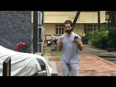 shahid-kapoor-spotted-at-gym-today