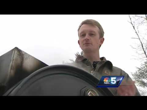Vermonters create portable evaporator to make maple syrup