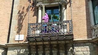 Real-life fortnite flame in Barcelona (answers in the desc)
