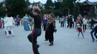 Hot dance on the Youth Day in Truskavets,Ukraine))