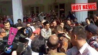 Video Hot News! Pasca Ahok Ditahan, Djarot di Kepung Warga di Balai Kota - Cumicam 12 Mei 2017 download MP3, 3GP, MP4, WEBM, AVI, FLV Juni 2017