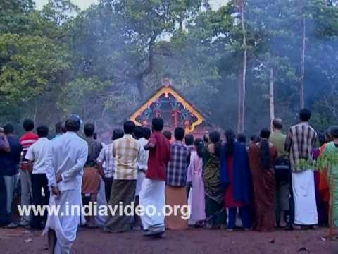 Sree Thayyil Vayanattu Kulavan Temple, Kannur
