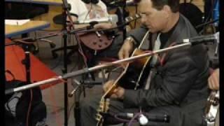 """""""Asuntos Propios"""" Chris Isaak 2/2 (live)"""