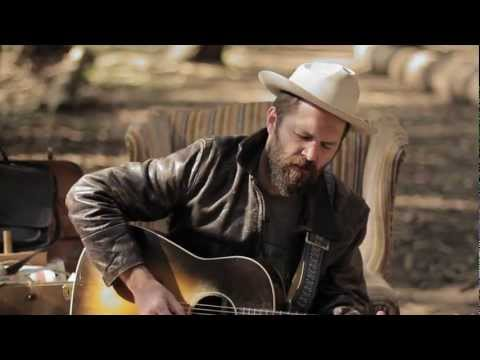"Jeffrey Foucault | ""Northbound 35"" (The Living Room Sessions: Bonus Session)"