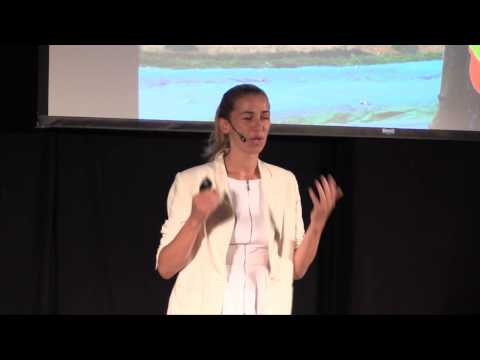 You are what you wear: Christina Dean at TEDxHKBU